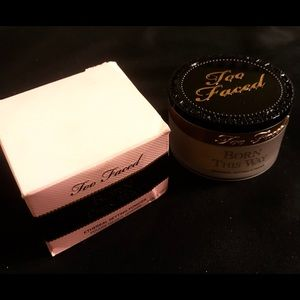 Too Faced Setting Powder Born This Way