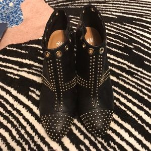 Brand New H&M Gold stud shoes