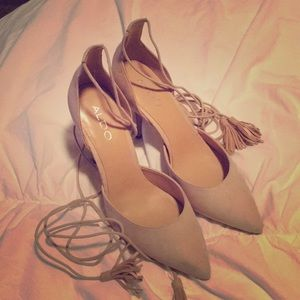 Cream suede Aldo tie up pumps