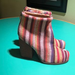 Jeffrey Campbell Striped Rumbled Fab Ankle Boot8.5