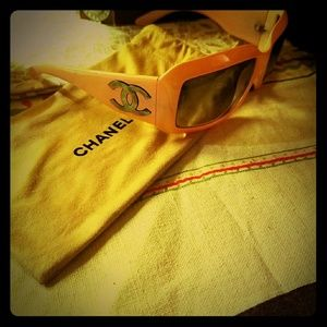 Authentic Chanel sunnies!!! 100%