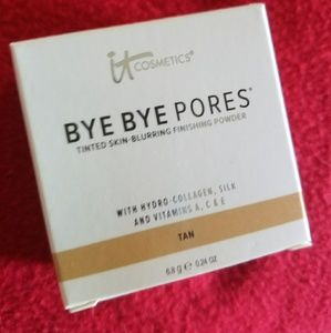 It Cosmetics loose powder