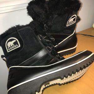 Black Sorel Snow Boots size 10