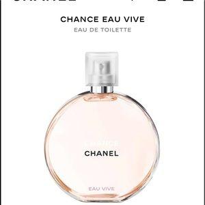 Chanel Chance large perfume