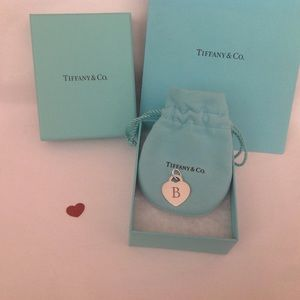 Tiffany & Co. Notes Heart Pendant