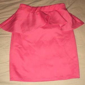 NWOT Ruffle Mini Skirt