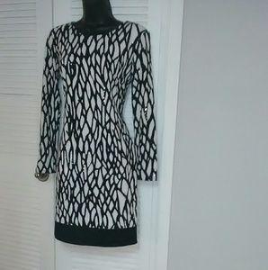 Caché sz 6 black white shimmery new year's dress