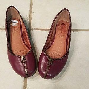 Corso Como leather zipper flat size 7.5 m