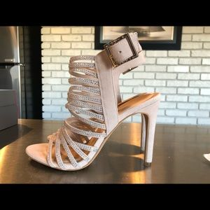 """Vince Camuto 4"""" strappy heels. Worn once, 7"""