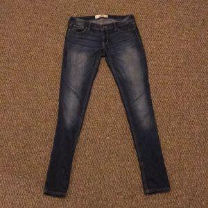 Hollister medium wash skinny jeans