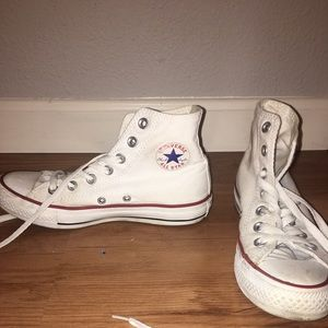 slightly worn high top converse but can be washed