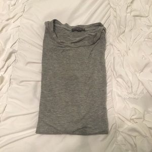 American Eagle grey tshirt