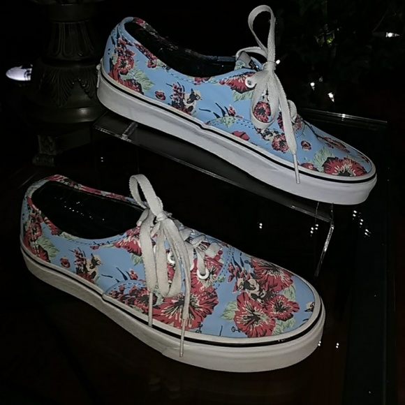 9690b42fa9e479 Van Star Wars - Yoda Aloha Blur Floral Canvas. M 5a30976241b4e06fc3014b6e
