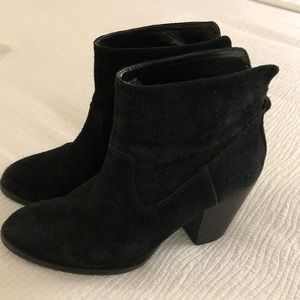 Nine West ankle boots size 7.5M Black Leather