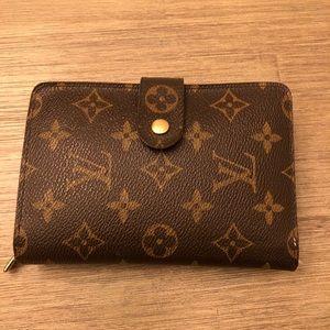 Authentic Louis Vuitton Wallet Monogram