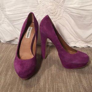 Steve Madden suade heels