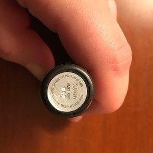 Mac blankety lipstick in amplified