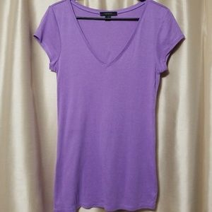 Purple v-neck short sleeve tee by the Express
