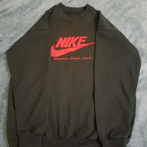 Men s Vintage Nike Beaverton Oregon Swt Size Large.  M 5a309a716802787613014f2e 0805f7164af8