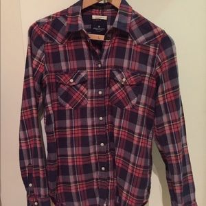 American Eagle red and navy flannel