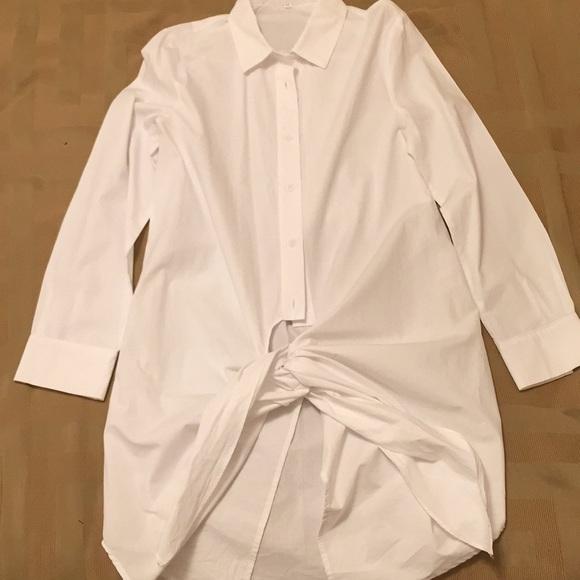 5ac1082b2371b Womens white long button down shirt with knot. NWT. Zara