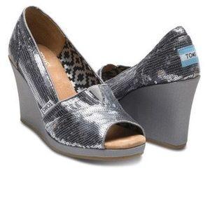 TOMS Calypso Sequin  Metallic Peep Toe Wedge