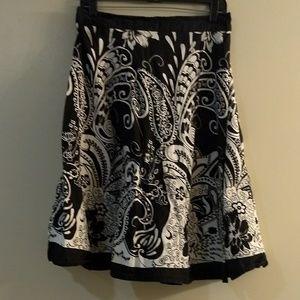 Black and white cotton full aline midi skirt