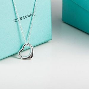 NWT Tiffany & Co. Elsa Peretti Open Heart Necklace
