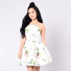 Beautiful Floral Dress!💐