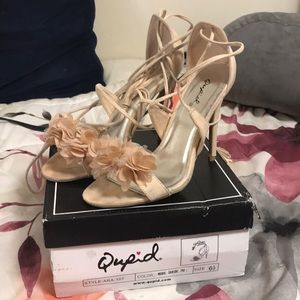 QUPID lace up heels