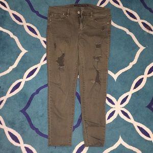 Cute Brown/green jeans!