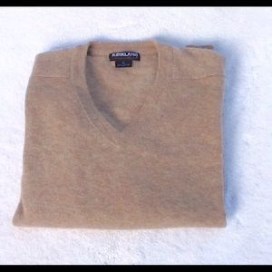 Kirkland 100% cashmere tan V-neck sweater