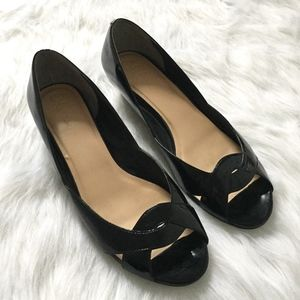 [Cole Haan] black patent leather open toe wedges