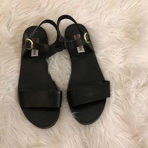 Black strap sandals