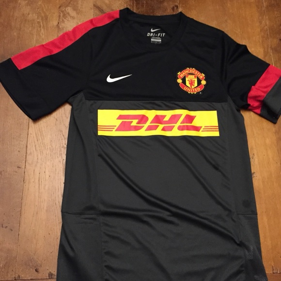 outlet store 8cd98 cc55e Manchester United DHL jersey authentic