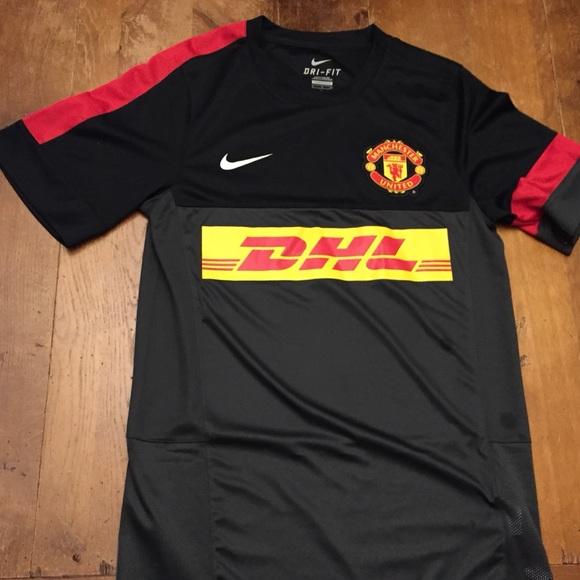 1929f10060c Manchester United DHL jersey authentic. M 5a30a1f32ba50af65101955c