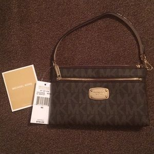 Michael Kors Large Wristlet  NEW with Tags