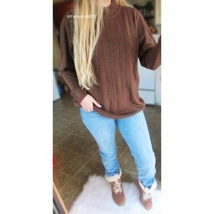 Vintage chestnuts roastings soft knit sweater 🍂