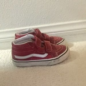 Red high skate toddler vans