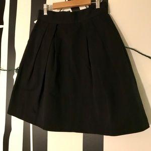 BB Dakota black pleated skirt