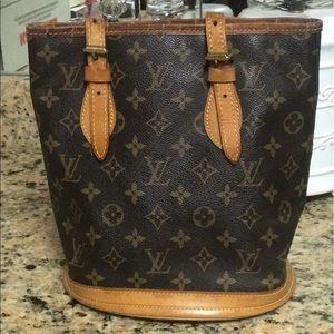 ❤️AUTHENTIC LOUIS VUITTON ❤️Petite Bucket Bag