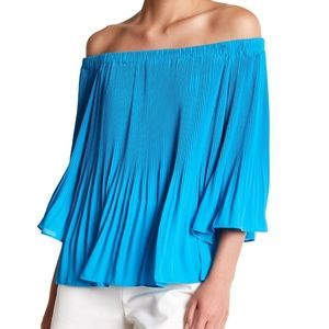 VINCE CAMUTO Accordion Bell Sleeve Blouse