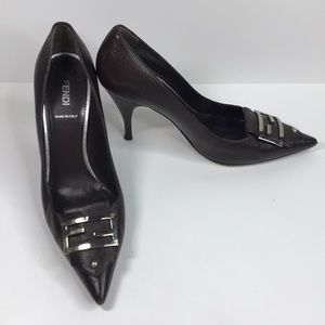 Fendi F Buckle high heel 👠