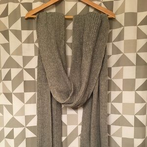 Extra long knitted gray scarf