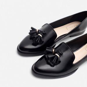 NWT Zara Patent Leather Tassel Goldd Trim Loafers