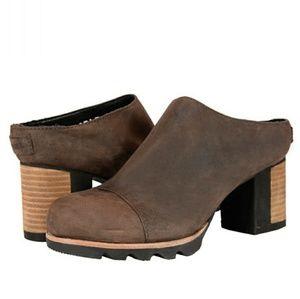 SOREL Addington Mule Leather Clog