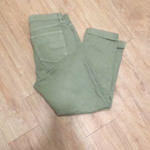 Green LOFT skinny cropped pants