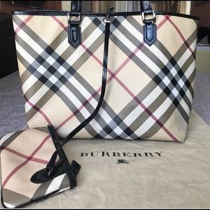 Authentic Burberry tote bag, great totecarry bag!