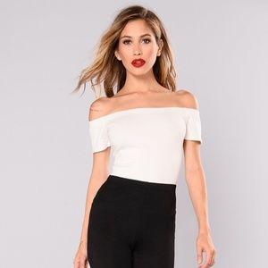 Fashion nova off the shoulder crop