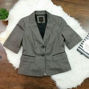 The Limited Edition grey blazer size medium